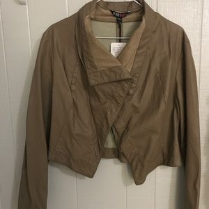 Jacket/shrug